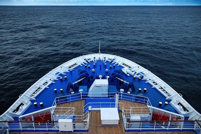 voyage-400921_640