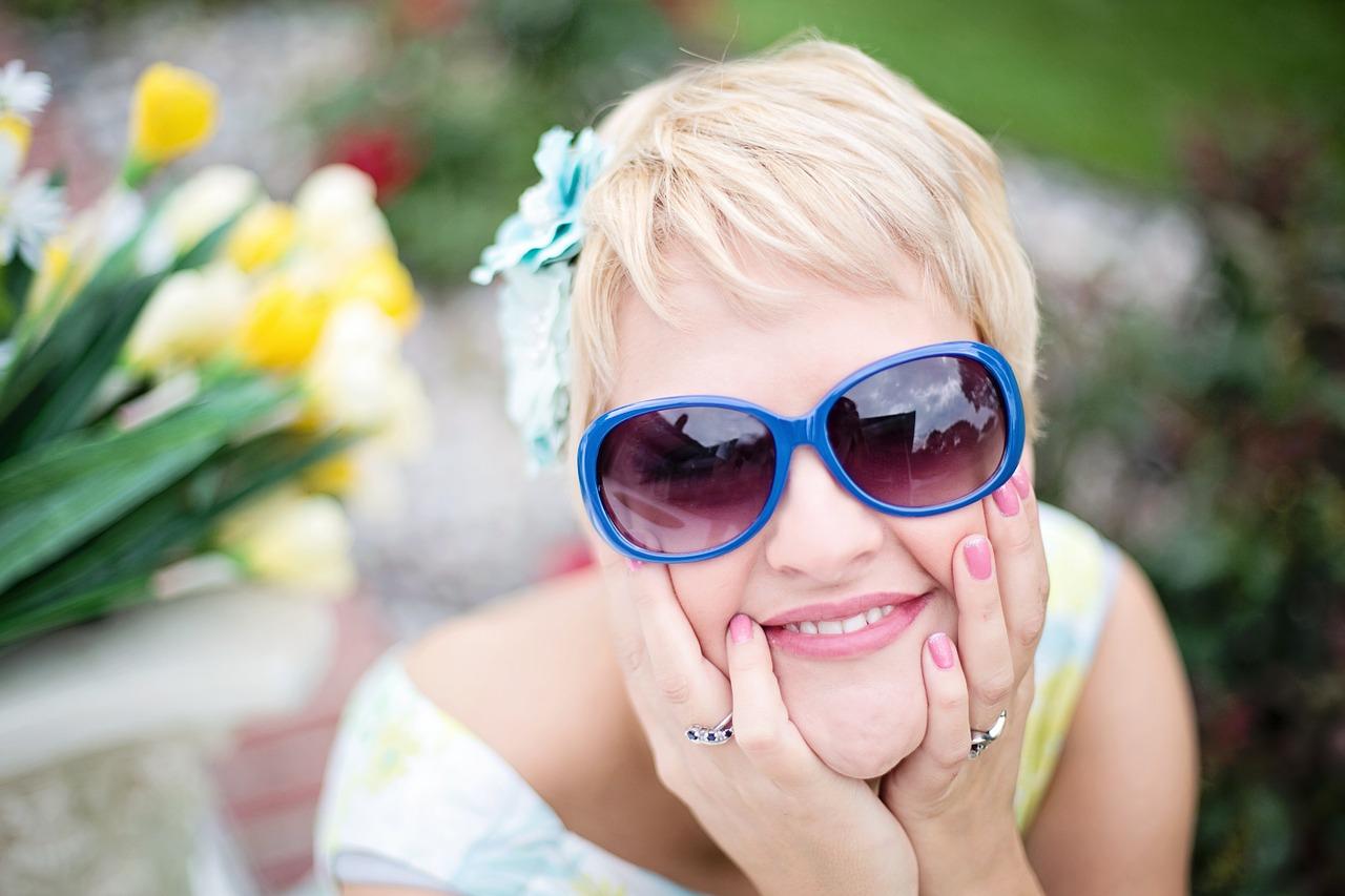 sunglasses-635269_1280