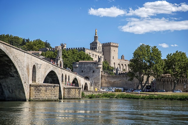 bridge-of-avignon-862948_640