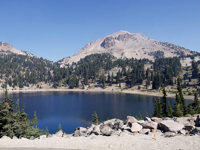 lake-58505_640
