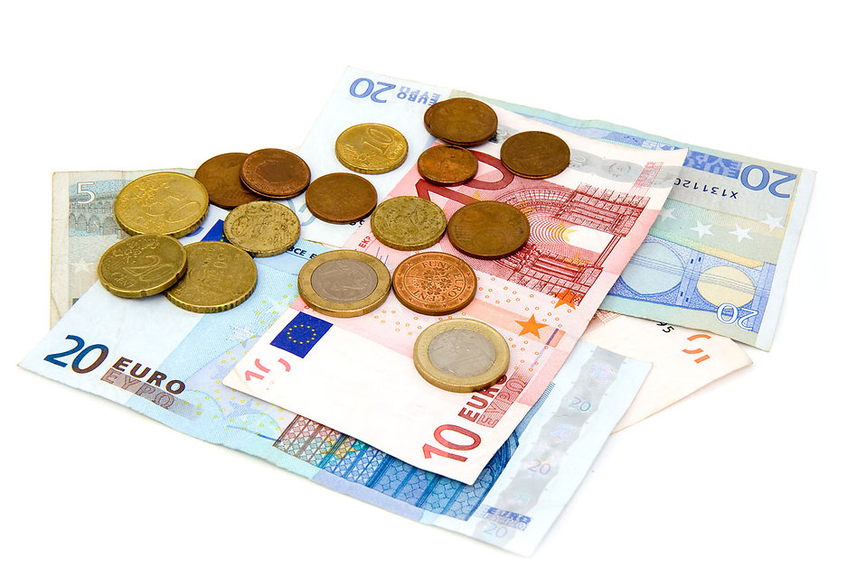 8199-euro-coins-and-bills-isolated-on-a-white-background-pv