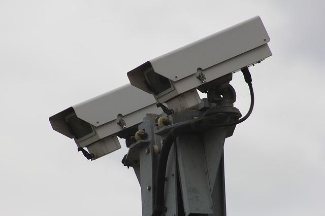 security-camera-834173_640