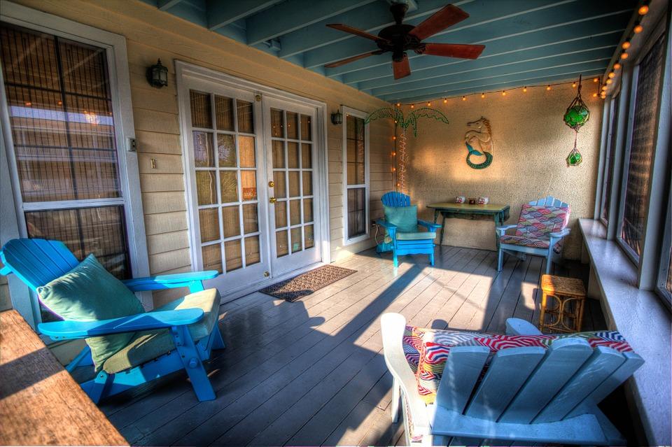 veranda-349696_960_720