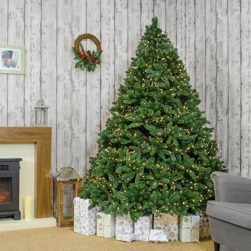 Kaemingk-Windsor-7ft-Tree-Lifestyle-2
