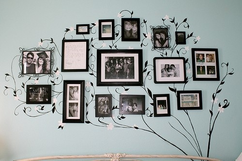 Ideas-To-Display-Family-Photos-On-Your-Walls6