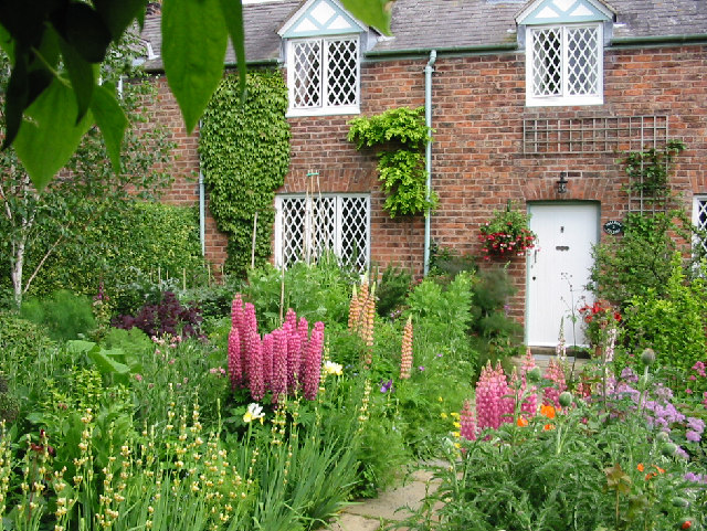 Dodleston_-_Cottage_Garden