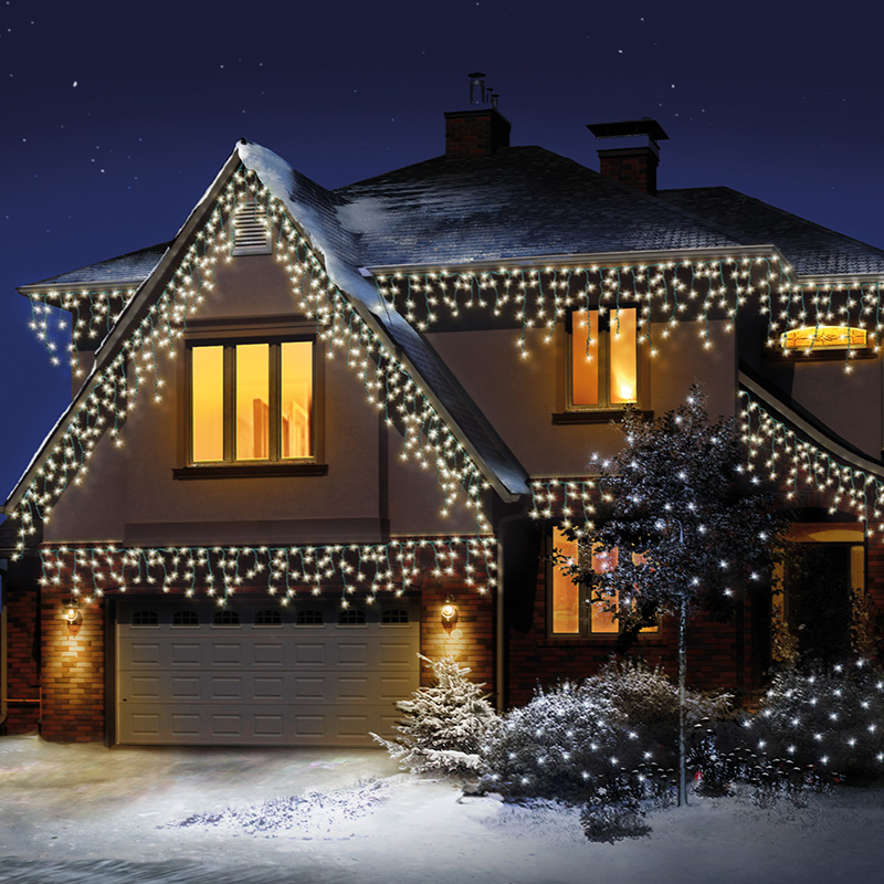 Snowing-Icicle-Lights-Warm-White-2